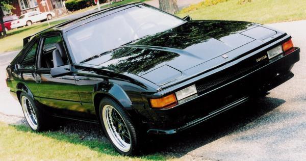 Автомобиль Toyota Supra третьего поколения 1986 года.