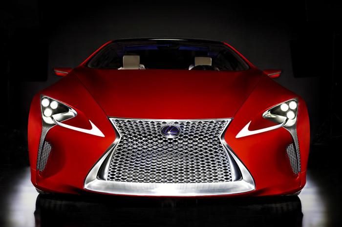 Lexus LFA – технологии страсти