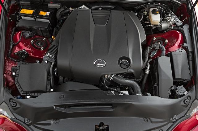 Lexus IS 250 и его 245-сильный турбодвигатель