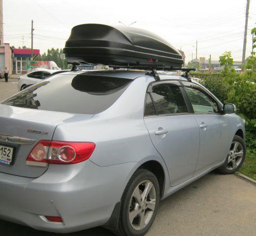 Автомобильный бокс на крыше Тойта Королла