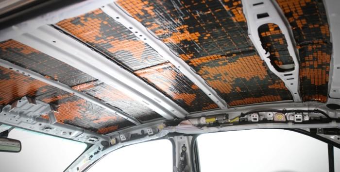 Шумоизоляция потолка Тойта Камри V55